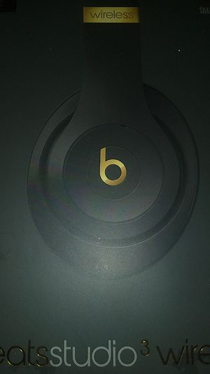 Beats studio 3 wireless for Sale in Tracy, CA