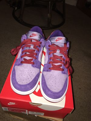 """Nike dunk """"Plum"""" size 8.5 DS for Sale in Las Vegas, NV"""