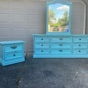 (EXAMPLE) Custom Dresser and End Table for Sale in Portland, OR