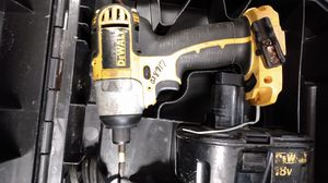 Dewalt Drill *Cordless w/ charger for Sale in Micco, FL