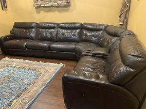 Leather recliner sofa with sleeper pullout bed (full size) for Sale in Pompano Beach, FL