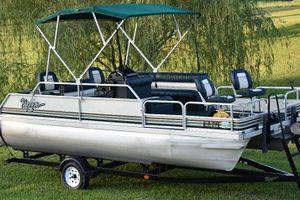 1995 Voyager Pontoon Boat 23ewds for Sale in Richmond, VA