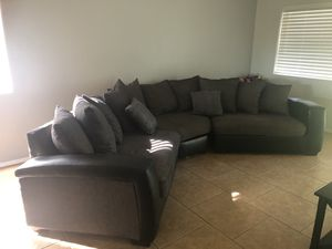 Grey sectional couch for Sale in Mesa, AZ