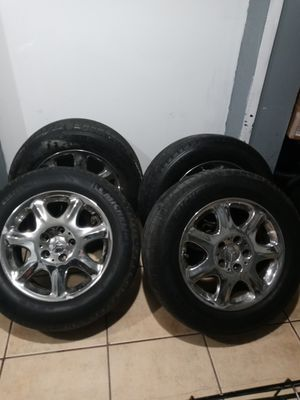 Rims r 5x112 mercedes tires. Set of 4 Michelin tires 225/60/16 3 tire r 80% like new 1 needs replaced soon its 40% $130 obo for Sale in Las Vegas, NV