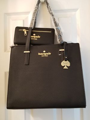 Purse and Wallet set for Sale in Milledgeville, GA