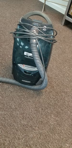 Vacuum Cleaner for Sale in Huntington Beach, CA