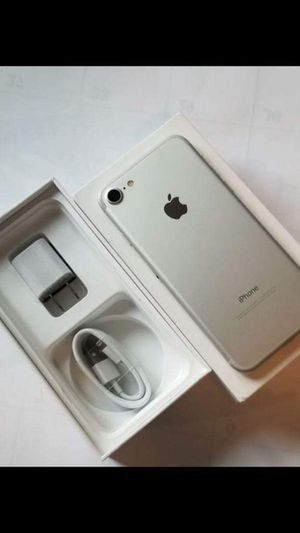 """iPhone 7 128GB,,factory UNLOCKED excellent CONDITION """"aS liKE neW"""" for Sale in Fort Belvoir, VA"""