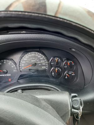 Chevy trailblazer 3000$ for Sale in Muskegon, MI