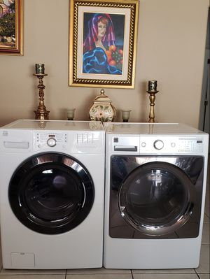 Washer & Dryer Kenmore Front Load Large Capacity (Clean) for Sale in Belle Isle, FL