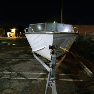 16ft Boat Only 700. Whit Traila 1500 for Sale in Modesto, CA