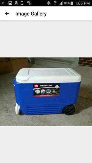 Ice cooler for Sale in Hamtramck, MI