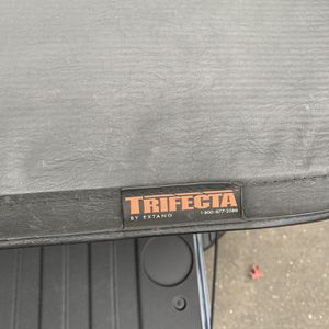 Truck Cover for Sale in East Hartford, CT