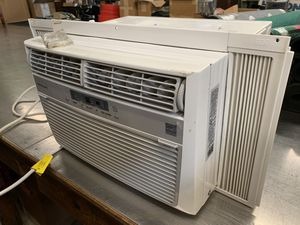 Frigid air AC window unit / ice cold for Sale in Jacksonville, FL