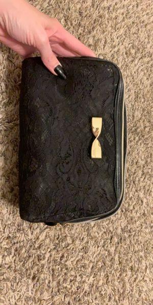 Victoria secret makeup bag for Sale in Sioux City, IA