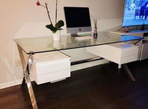 Designer Modern Large Desk. Original price $1.400 for Sale in Gaithersburg, MD