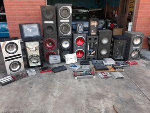 Speakers boomboxes and amplifiers for Sale in St. Petersburg, FL