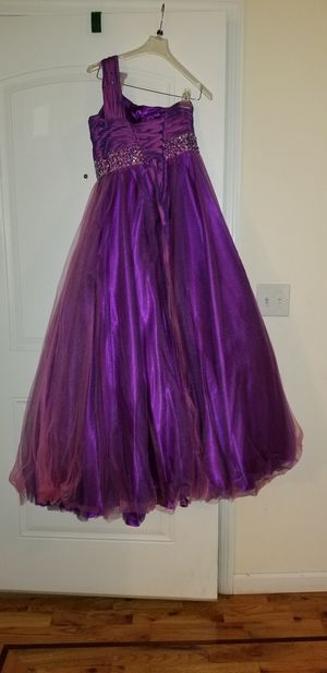 Sweet 16, quinceanera, prom, ballgown dress. Size 10 women's dress. Camilla La Ville designer. for Sale in Newark, NJ