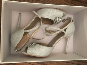 New Badgley Mischka Wedding Shoes Heels 8.5 for Sale in Chicago, IL