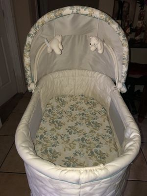 Dorel Juvenile Group bassinet for Sale in Wenatchee, WA
