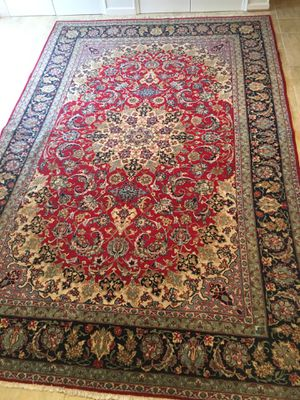 Beautiful Persian Rug- Excellent Condition $550 for Sale in Herndon, VA
