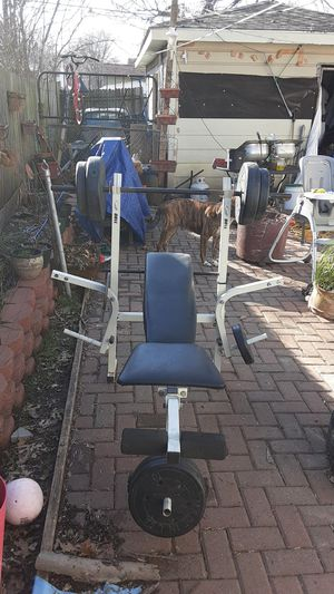 Weight bench and AB rocket for Sale in Grand Prairie, TX