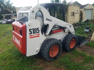 Bobcat Skid Steer model S185 Kubota turbo diesel with bucket ready to work for Sale in Miramar, FL