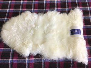 Natural Australian Single Sheepskin Rug, NWT for Sale in Bellevue, WA