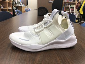 Nike Air Free RN Women's Size 8 Off White for Sale in Los Angeles, CA