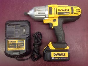 """CORDLESS IMPACT WRENCH 1/2"""" 20V MAX DEWALT - PRICE IS FIRM for Sale in Columbus, OH"""