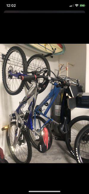 Bike (hybrid mountain bike) Schwinn for Sale in Riverview, FL