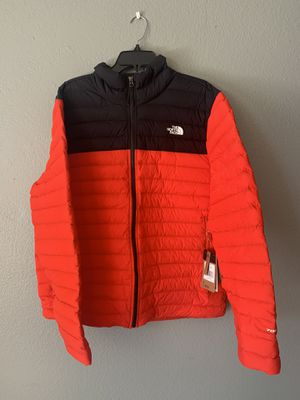 North face jacket RED for Sale in Hayward, CA