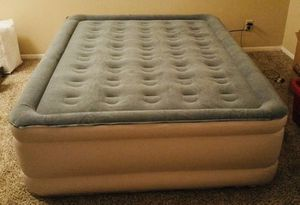 Air Mattress with ComfortCoil Technology & Internal High Capacity Pump - Queen Size for Sale in Dublin, CA