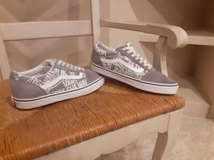Vans low top size 10US for Sale in Greenwood Village, CO