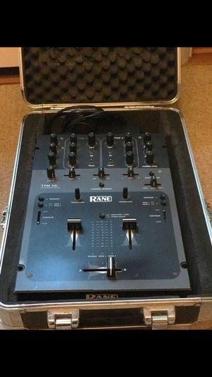 Dj equipment mixer and speakers sl1 for Sale in Philadelphia, PA