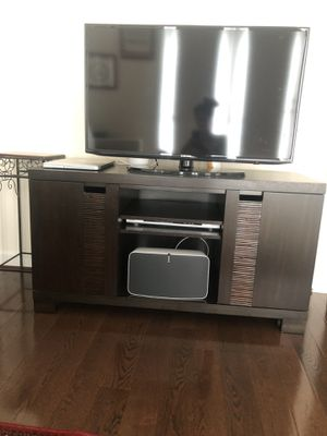 Entertainment center / tv stand for Sale in Arlington, VA