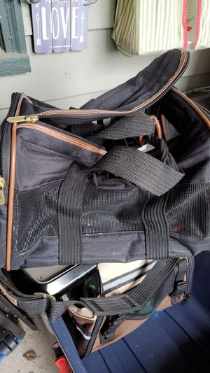 Sherpa small pet carrier for Sale in Saginaw, OR