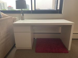 Desk for Sale in Chicago, IL