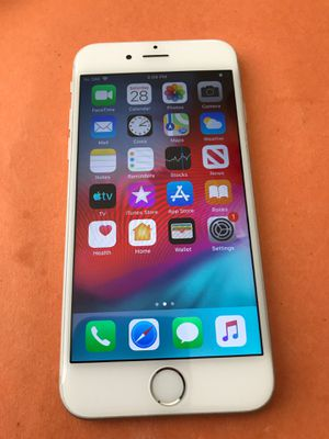 Apple iPhone 6 64gb white silver unlocked all carriers for Sale in Corona, CA