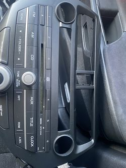 Honda Accord Oem Radio for Sale in Cleveland,  OH
