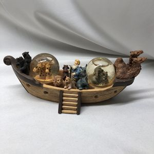 Adorable Vintage Double Glitter Globe Noah's Ark for Sale in Chino, CA