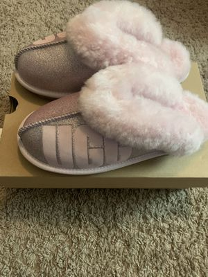 UGGs slippers for Sale in Gahanna, OH