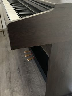 Yamaha piano for Sale in Carmichael,  CA