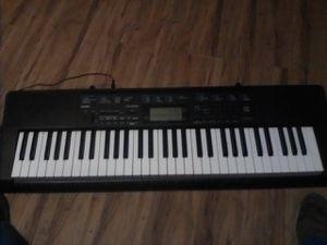 Casio ect 2300 keyboard for Sale in Modesto, CA