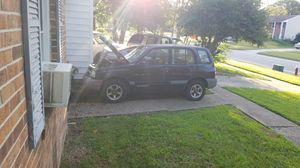 2000 Chevy tracker in need of work/ parts for Sale in Virginia Beach, VA