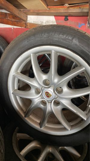 OEM wheels and tires 2006 2012 porsche cayenne for Sale in Lennox, CA