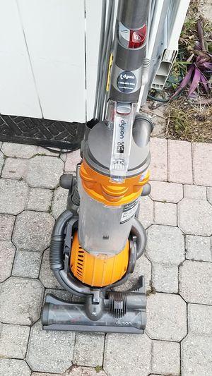 Dyson vacuum for Sale in Riviera Beach, FL