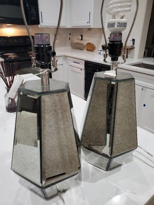 Two Beautiful Mirrored Table Lamps **zip code 76120** for Sale in Fort Worth, TX