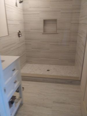 Remodelo banos for Sale in Phillips Ranch, CA