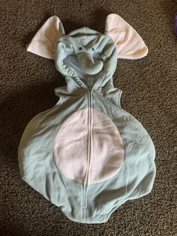 Baby elephant costume for Sale in Freedom,  CA