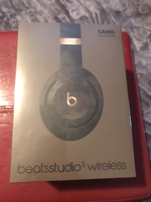 Beats studio wireless 3 camo collection forest green for Sale in Lynwood, CA